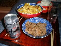 牛肉ニンニク炒めと玉子焼き丼