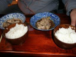 豚軟骨と丼飯