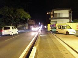 ずっと渋滞。右の軽自動車が井上号