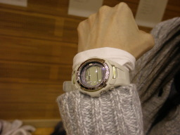 バッテリー切れな無意味な腕時計