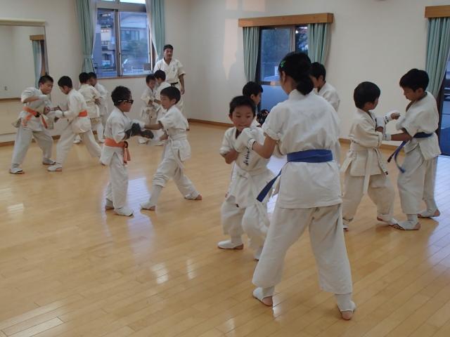 夏の対人練習中な戸島教室